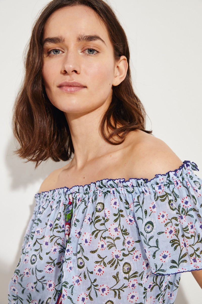 Cropped top 'Amora' with floral print Blue