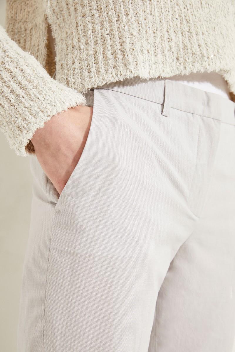 Hose mit Hahnentrittmuster Grau