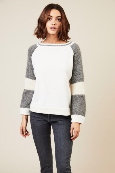Woll-Seiden-Pullover in Crème/Grau