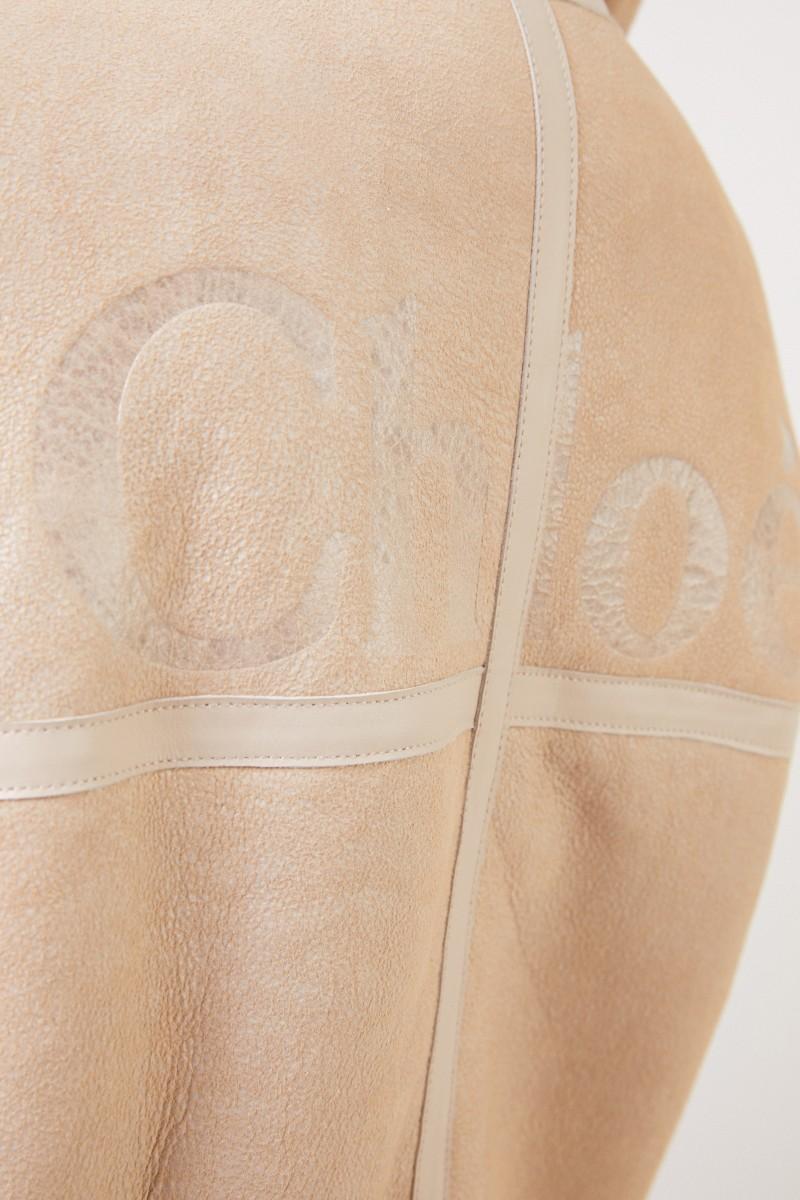 Chloé Lammfelljacke mit strukturiertem Leder Natural White