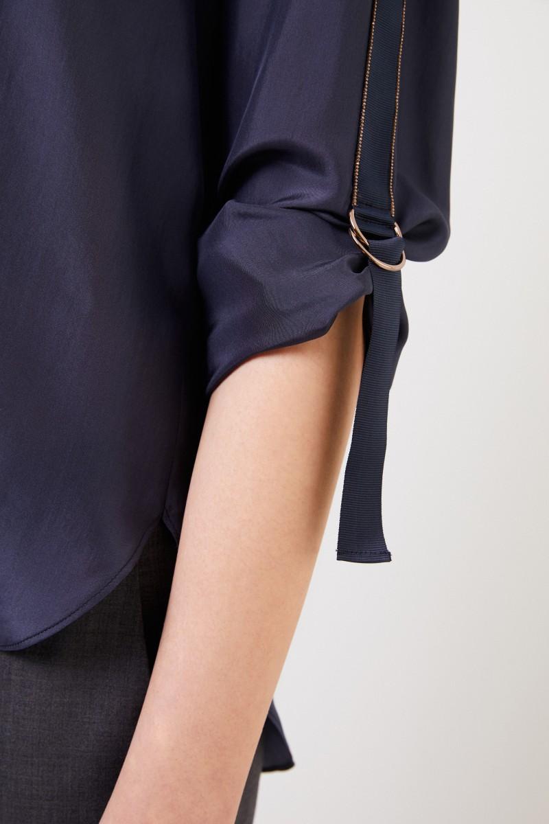 Brunello Cucinelli Seiden-Bluse mit Perlenverzierung Blau