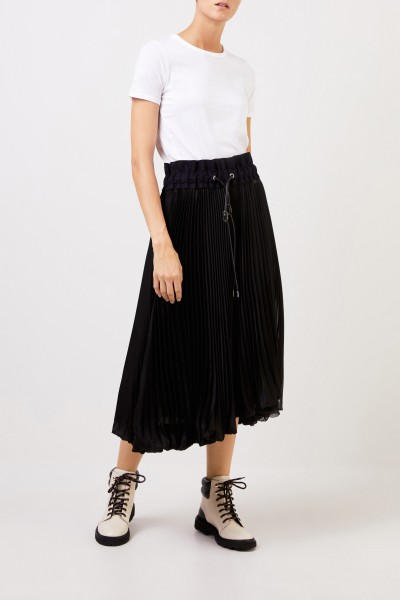Sacai Pleated skirt with wool detail Black