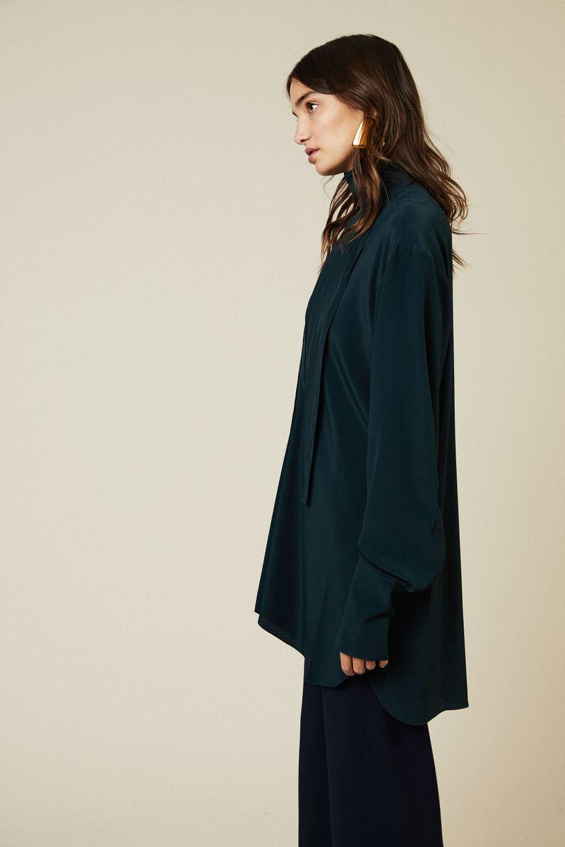 Oversize Bluse mit Bindeelement Grün