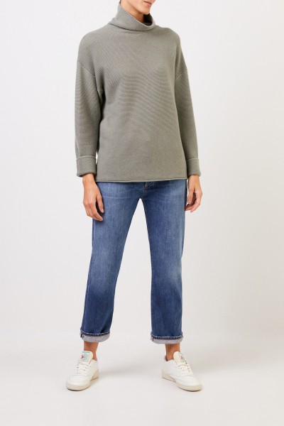 Uzwei Cashmere pullover with turtleneck Sage