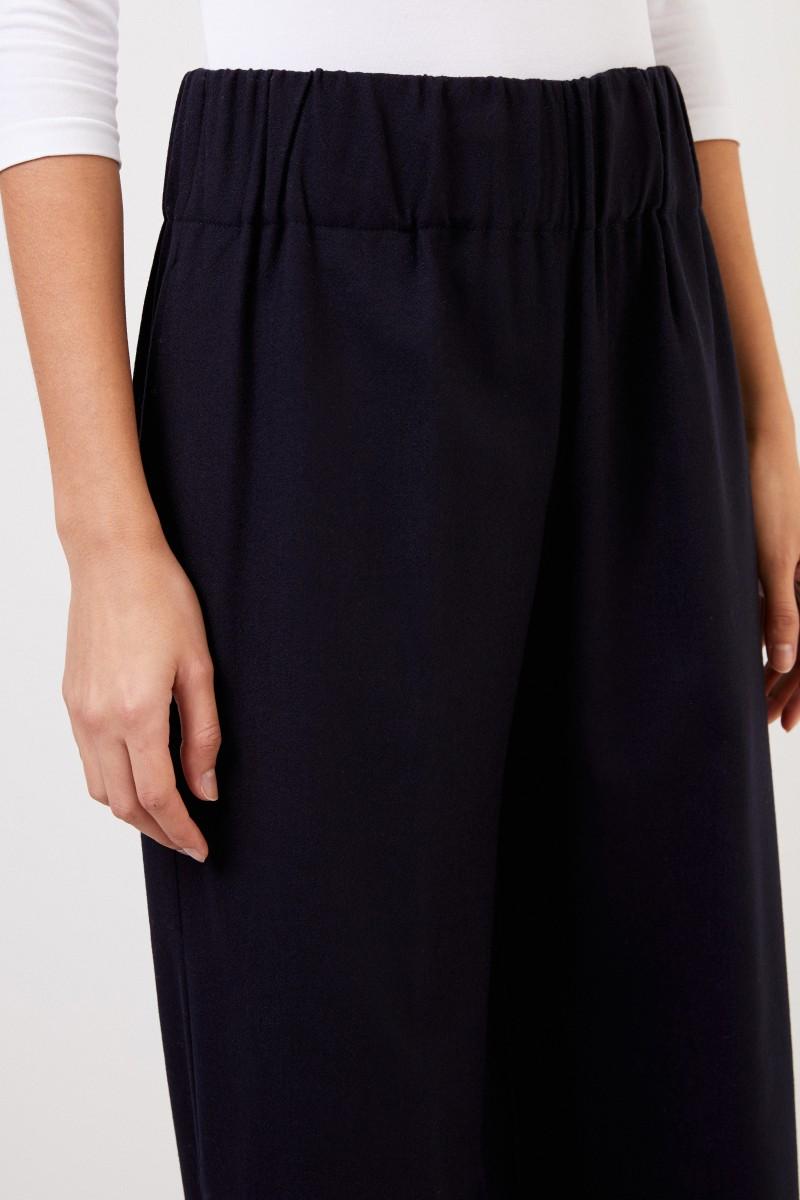 Woll-Hose mit weitem Bein Marineblau