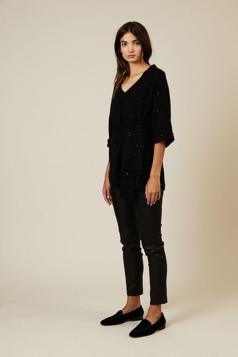 Cashmere-Seiden-Pullover mit Gürteldetail Schwarz