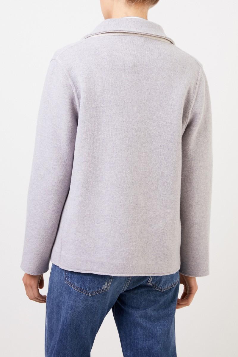 Wolljacke mit Knöpfen Grau