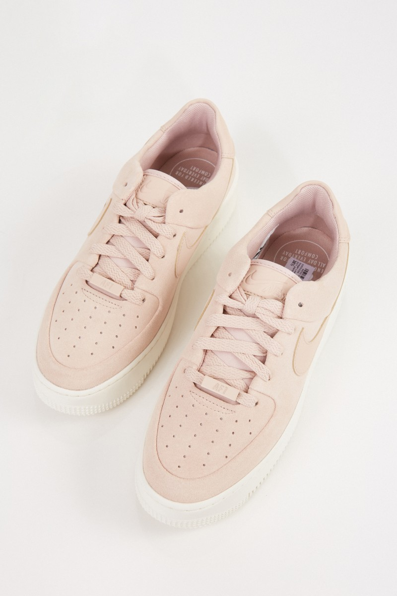 Nike Plateau-Sneaker 'Air Force 1' Beige