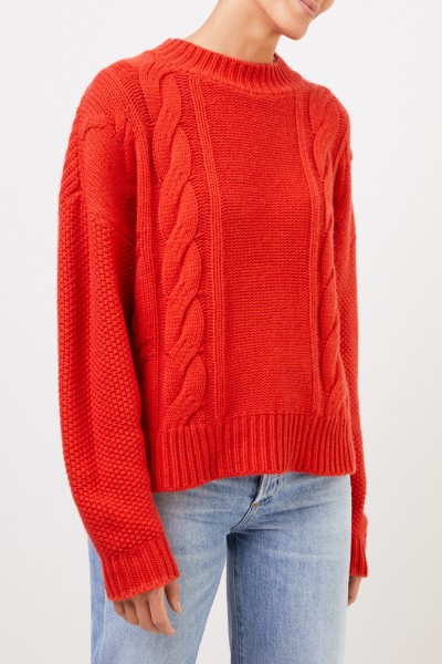 Uzwei Wool cashmere pullover with cable stitch Orange