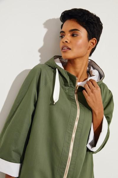 Wendbare Jacke mit Perlenverzierung Grün/Weiß