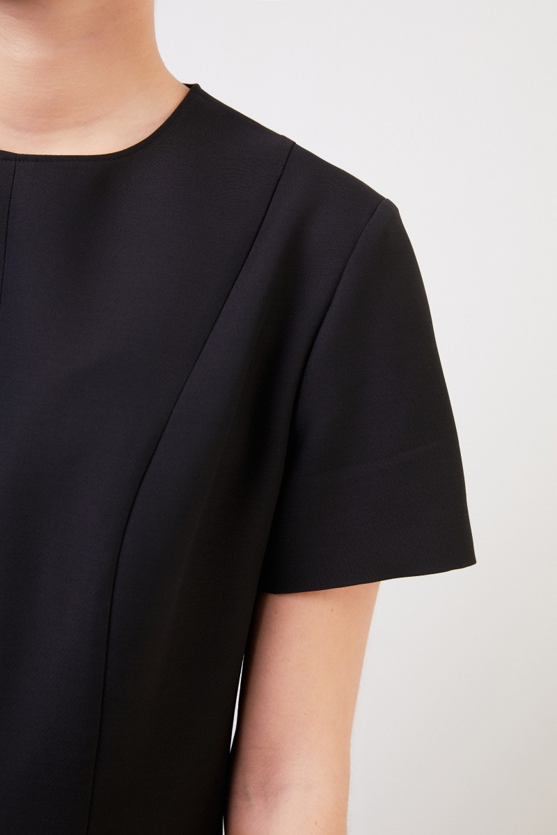 Wool dress with flounce black