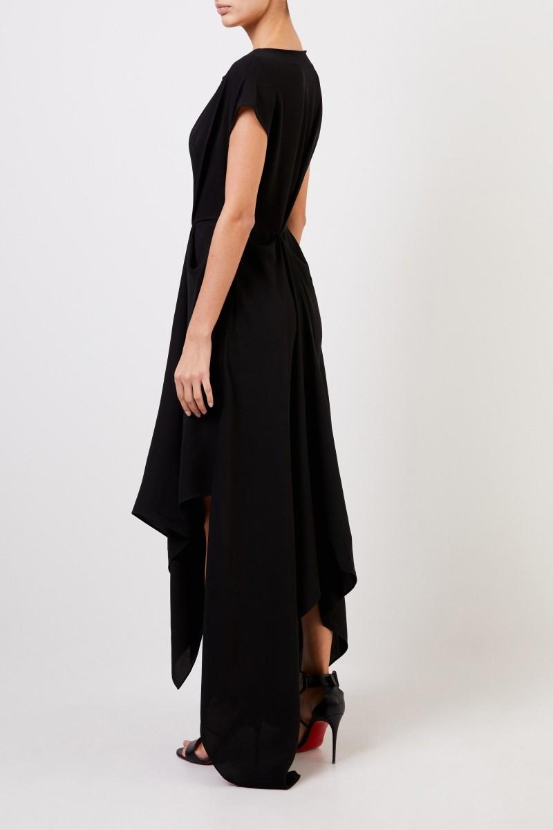 Kleid mit asymmetrischem Saum Schwarz