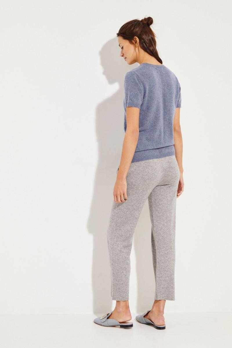 Kurzarm Cashmere-Pullover mit V-Neck Mittelblau