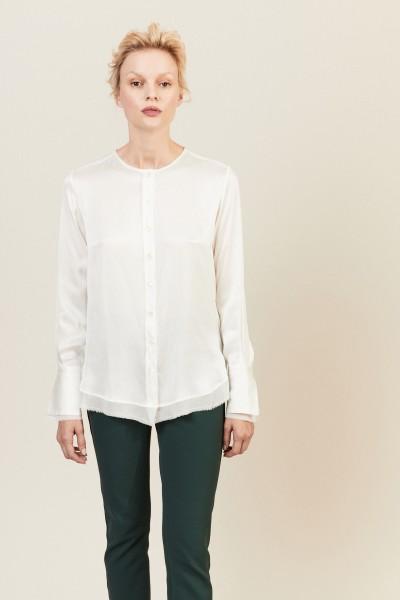 Seiden-Bluse mit ausgefranster Saumkante Crémeweiß