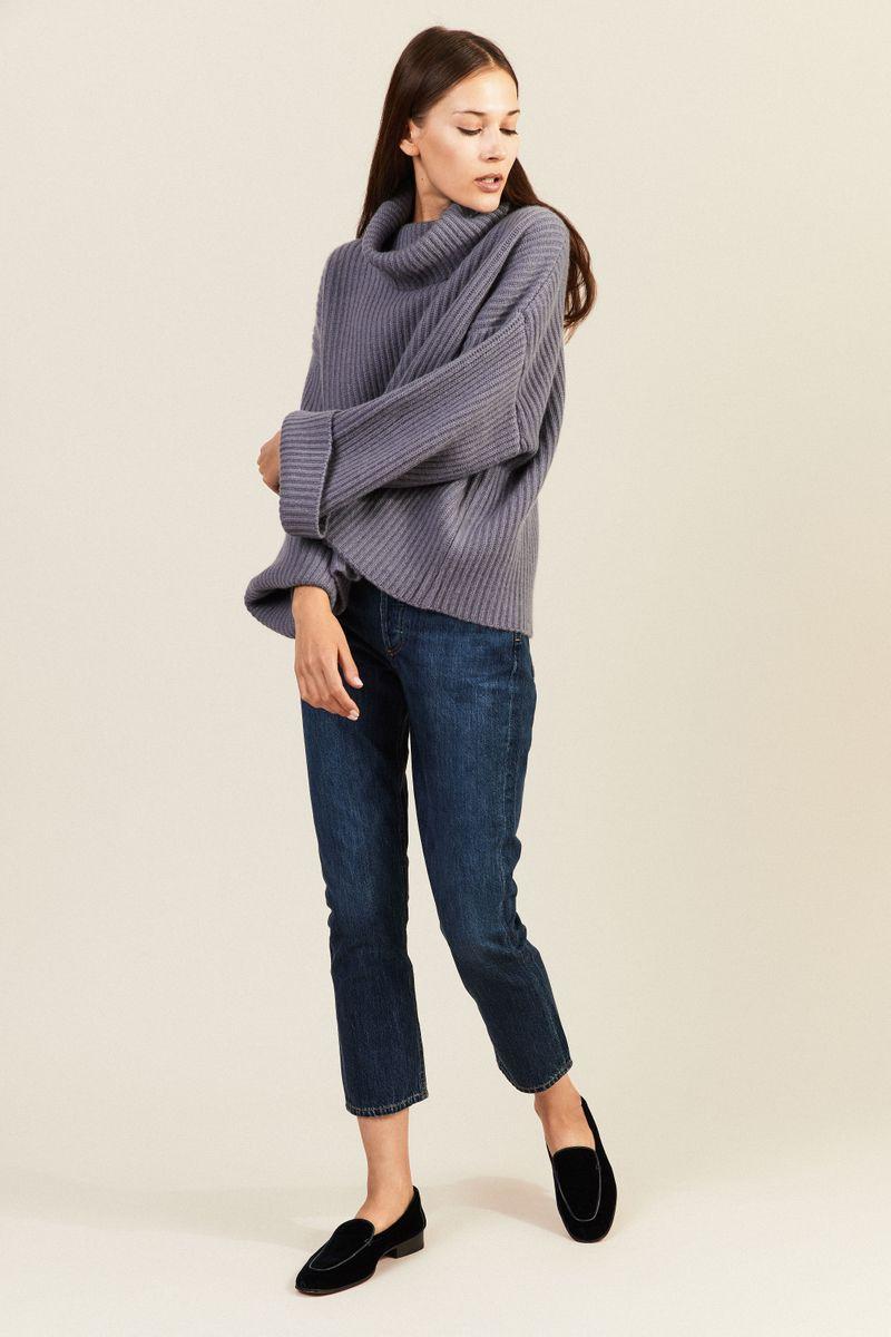 Oversize Cashmere-Rollkragenpullover Taubenblau