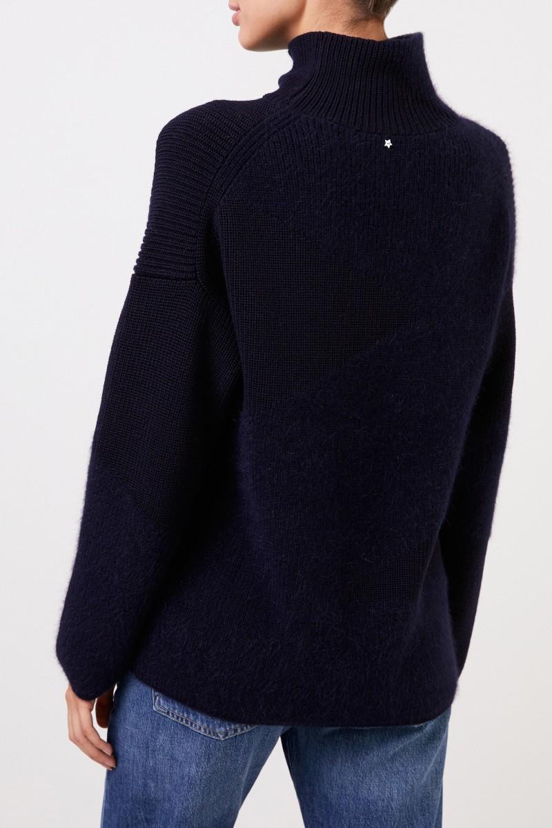 Wollpullover mit Stehkragen Marineblau