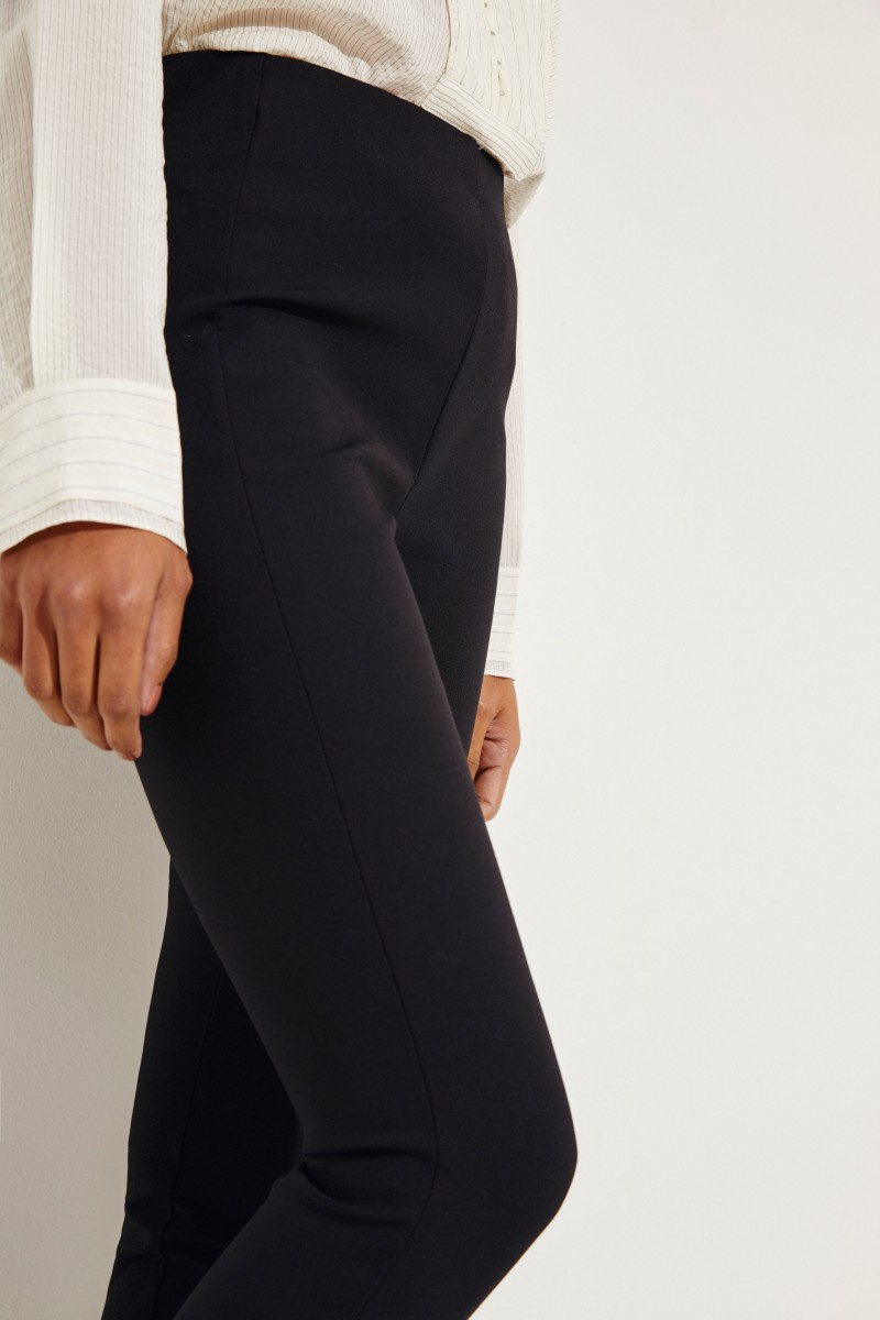 Elastische Hose 'Simone' Schwarz