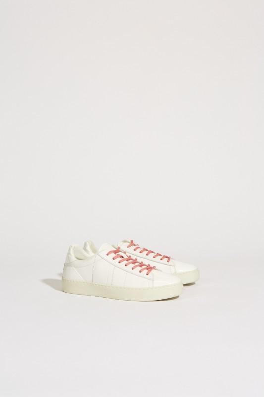 Leder-Sneaker mit Lackdetails Weiß
