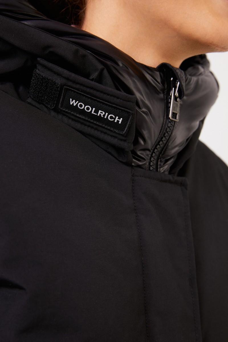 Woolrich Daunenparka 'Arctic' mit Kapuze Schwarz