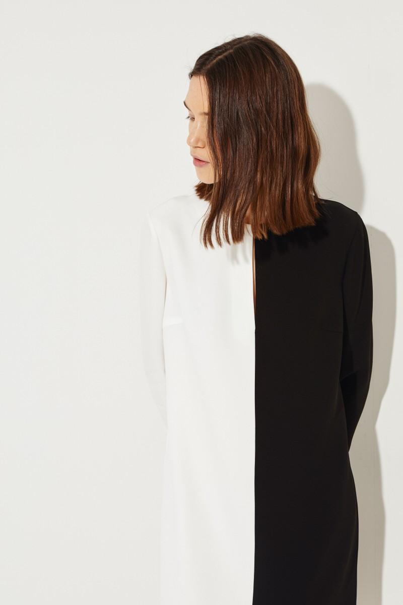 Givenchy Midikleid mit frontalem Schlitz Schwarz/Weiß