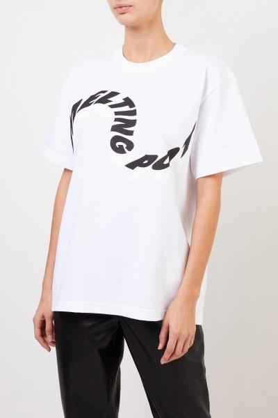Sacai T-Shirt 'Melting Pot' mit frontalem Schriftzug Weiß/Schwarz