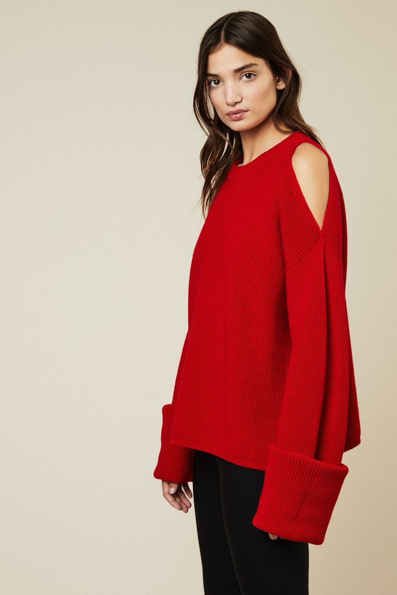 Oversize Woll-Pullover mit Cut-Outs Rot