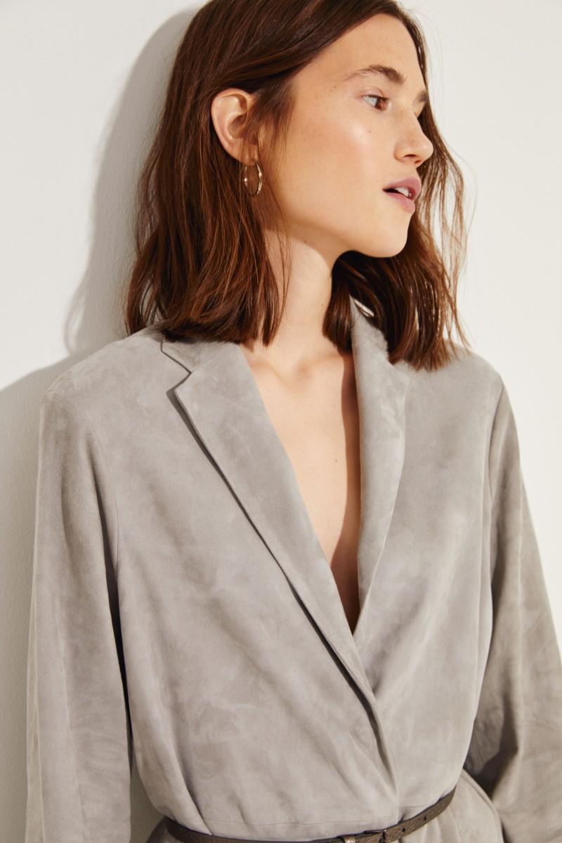 Veloursleder-Mantel mit Gürtel Grau