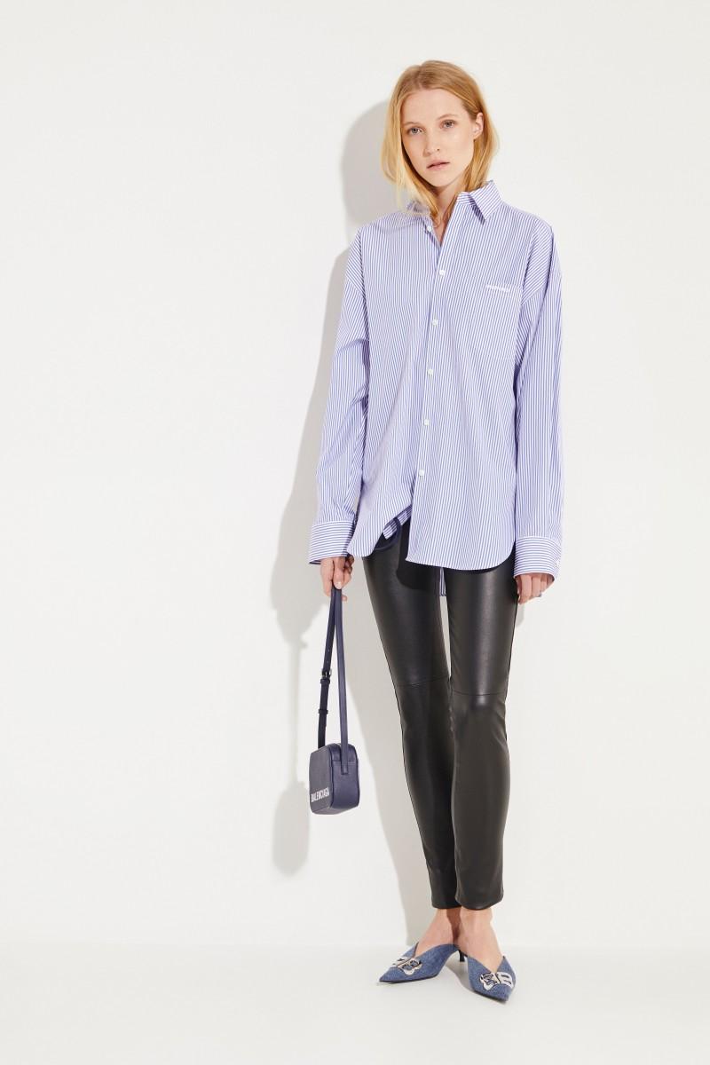 Balenciaga Oversize Bluse Blau/Weiß