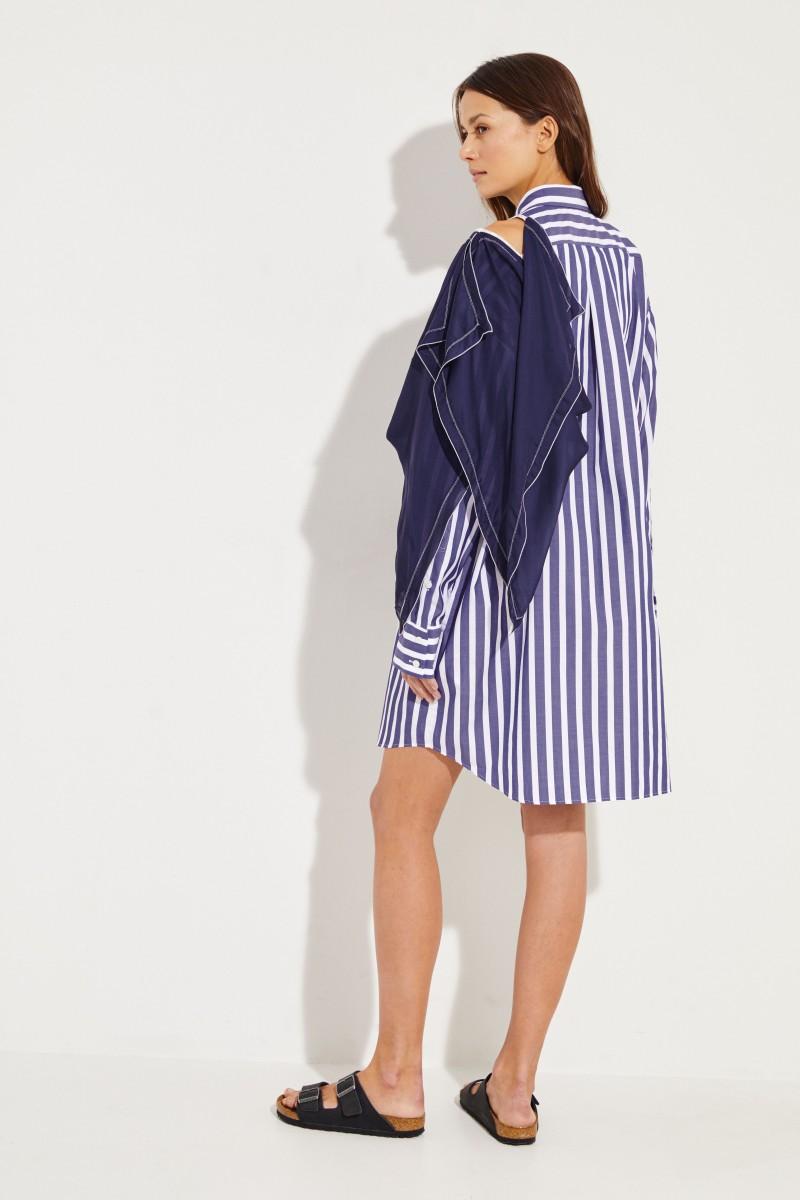 Gestreiftes Hemdblusenkleid mit Detail Blau/Weiß