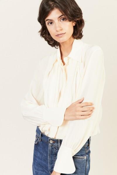 Seiden-Bluse mit Plissee-Details Buttercream