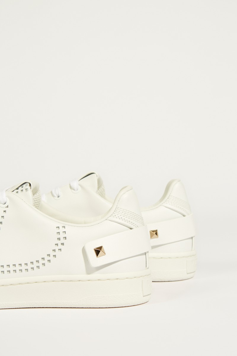 Sneaker with jewelry detail White