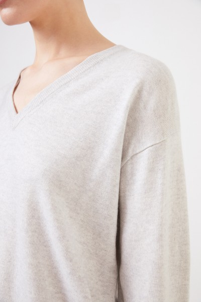 Brunello Cucinelli Cashmere sweater with v-neck Grey
