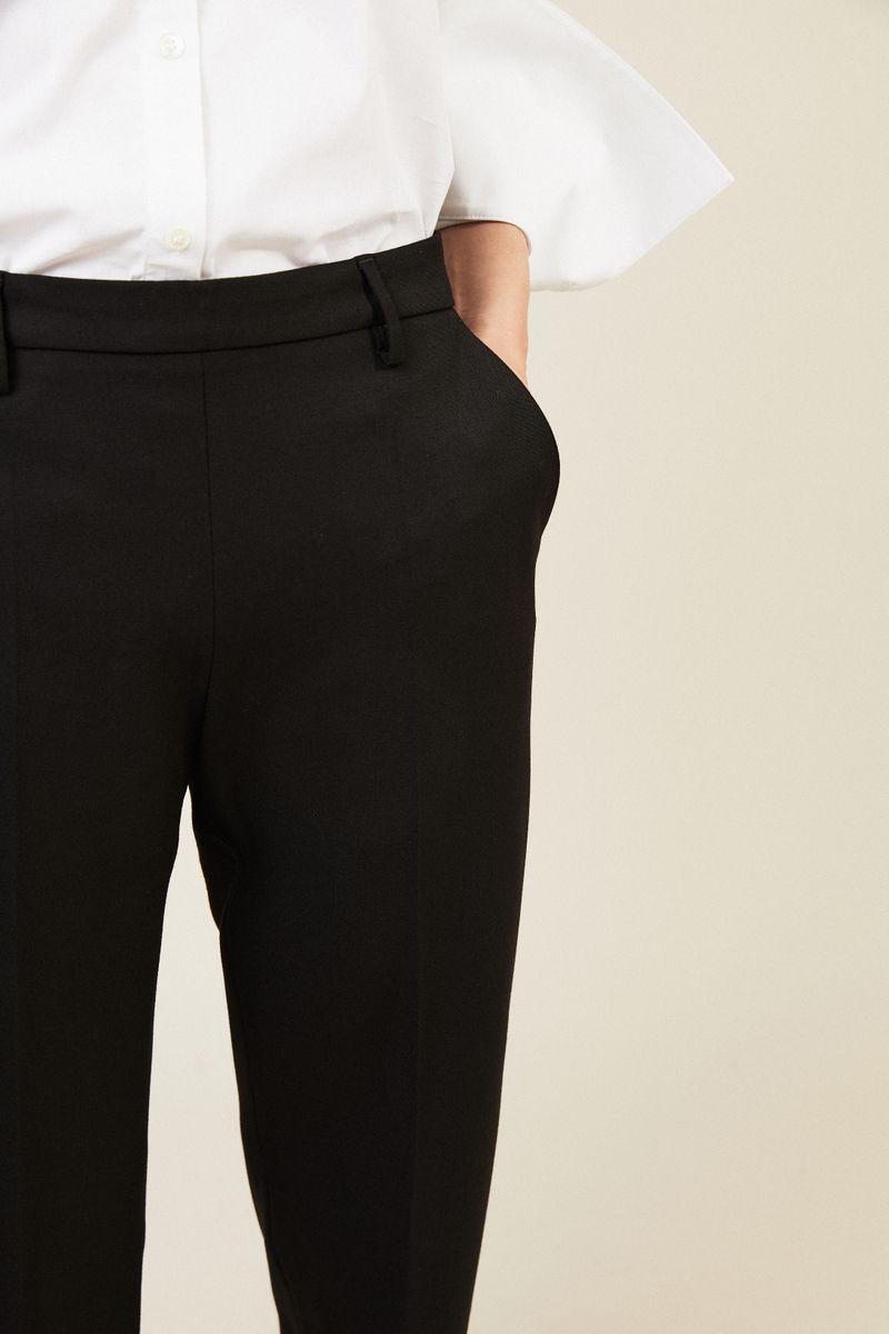 Woll-Hose mit weitem Bein Schwarz