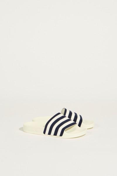 Sandale mit Streifenmuster 'Adilette' WeißBlau