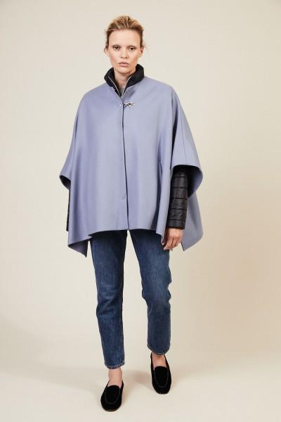 Wollcape mit Daunenjacke Blau