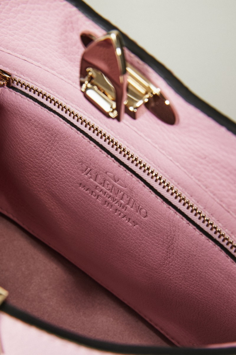 Umhängetasche 'Mini Hobo' mit Nietenbesatz Rosé
