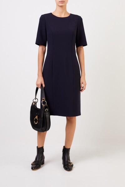 Klassisches Kleid Blau