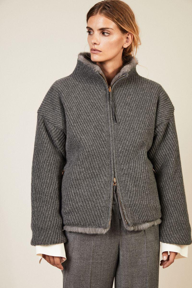 Cashmere-Jacke mit Nerzfutter Grau