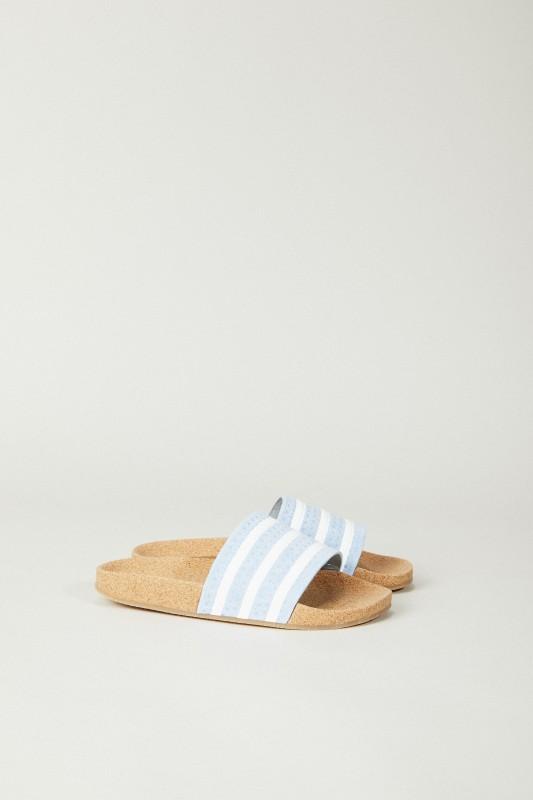 Flats 'Adilette Cork' Hellblau/Weiß