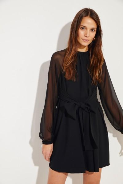 Kleid mit Bindedetail Schwarz