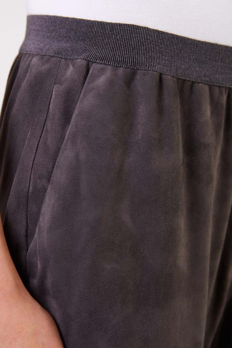 Fabiana Filippi Veloursleder-Hose mit elastischem Bund Grau