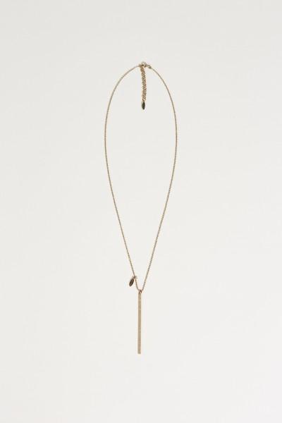 Halskette mit einem Anhänger Gold