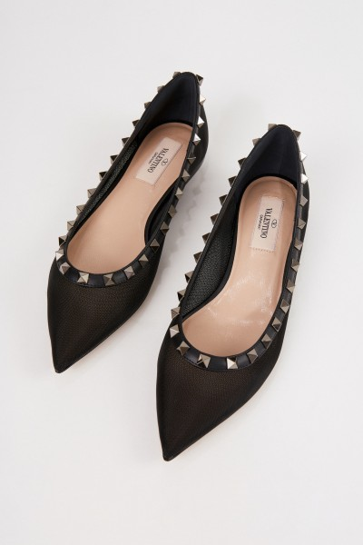 Valentino Pointed flat with spikes Black