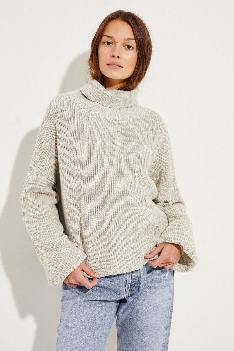 Rollkragen-Pullover mit verkürzter Front Salbei