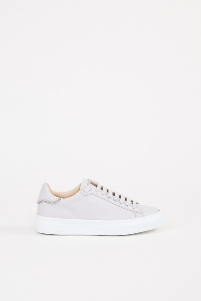 Sneaker with pearl decoration grey