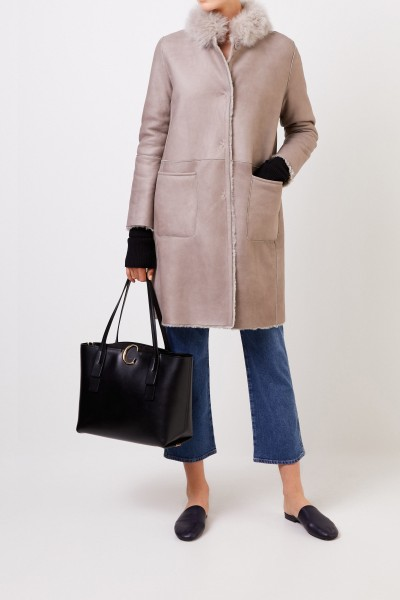 Reversible lambskin coat with fur collar Taupe