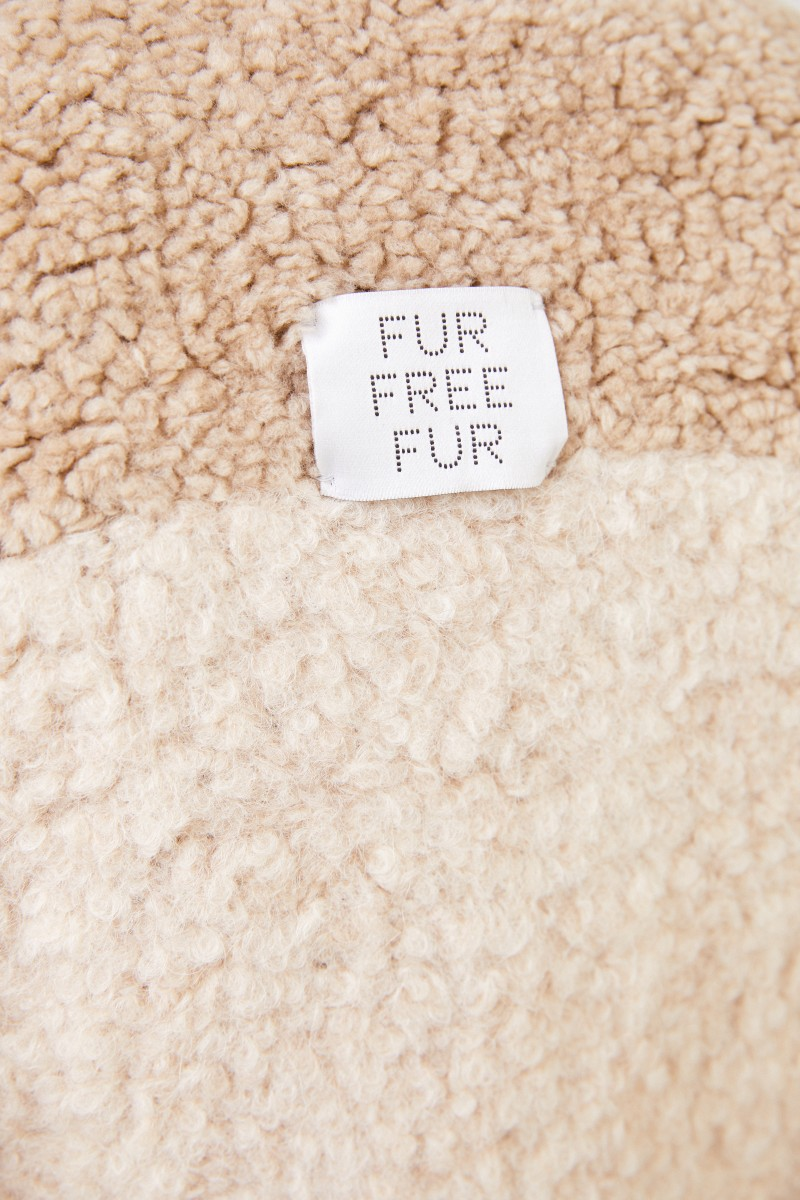Faux Fur Mantel mit Detail Camel