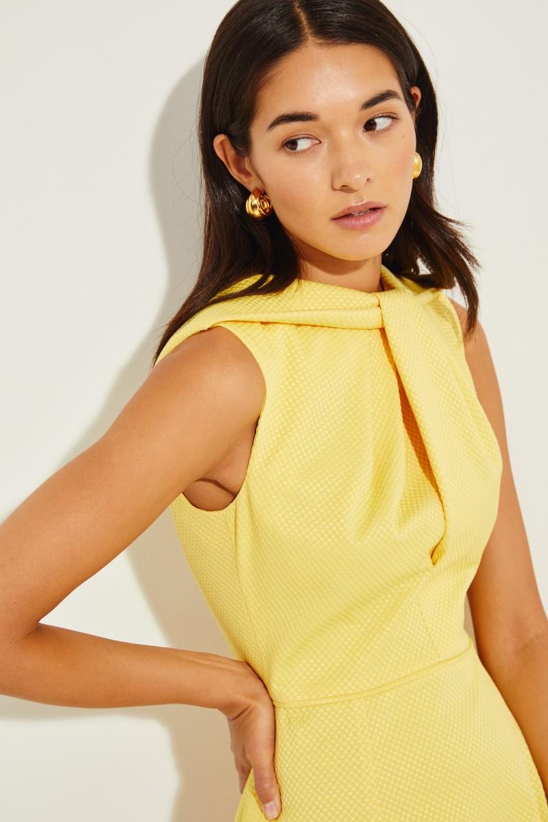 Midi-Kleid mit Knotendetail Gelb