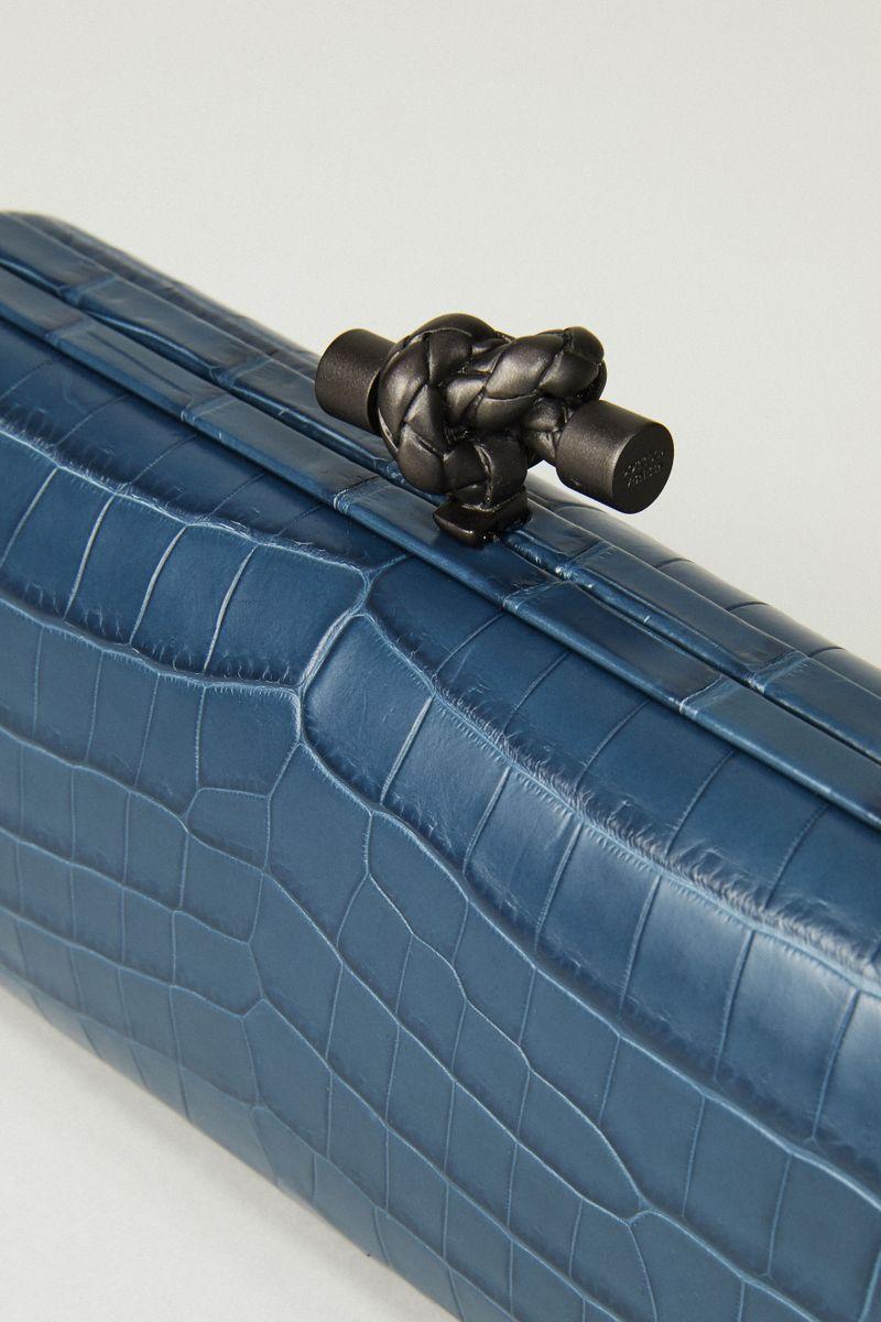Geflochtene Clutch 'Stretch Knot' Blau