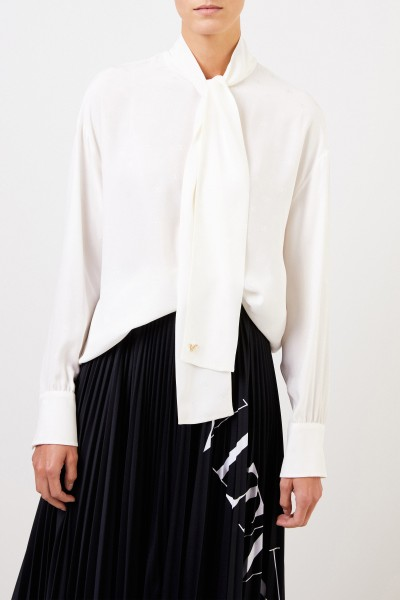 Valentino Silk blouse with tie detail crème